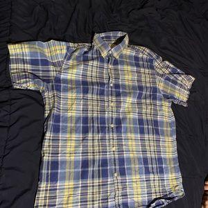 Shirt sleeve button up